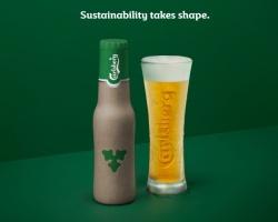 Carlsberg zaprezentował butelkę wykonaną z włókna drzewnego