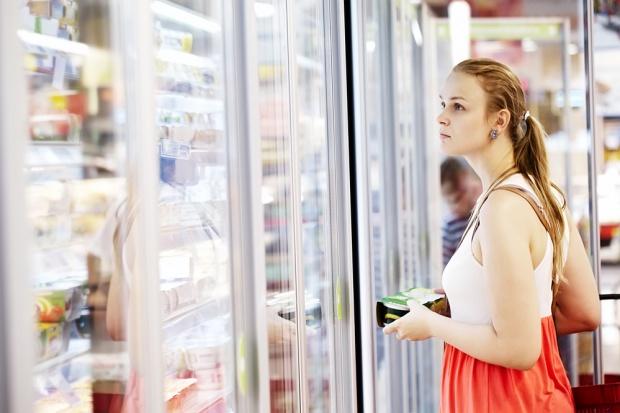 Solidarność: W niedziele w sklepach jest więcej oglądających niż kupujących