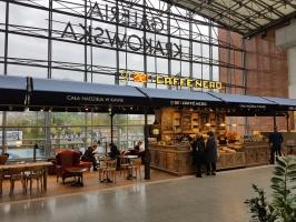 Green Caffè Nero z pierwszą kawiarnią w Krakowie