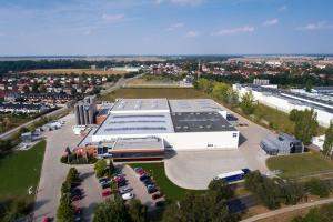 Producent pojemników i palet, firma Georg Utz, powiększyła fabrykę
