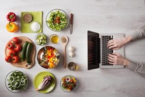 Producenci żywności stawiają na promocję w internecie