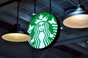 Starbucks: Globalny wzrost sprzedaży w IV kw. nieco poniżej oczekiwań