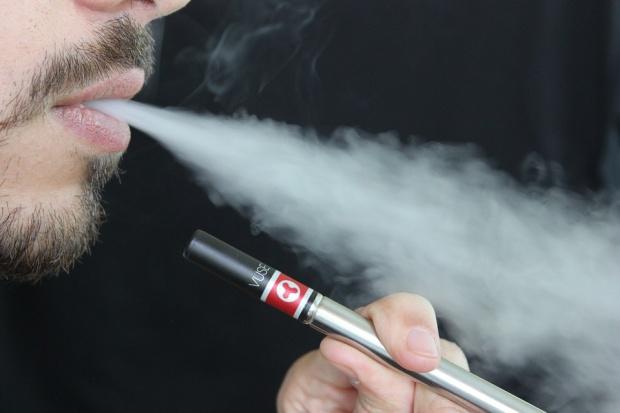 BAT: Przejęcie polskiej spółki pomoże w rozwoju sprzedaży e-papierosów w Europie