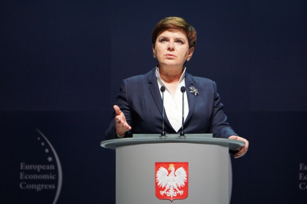 Szydło: Polska musi rozwijać się szybciej