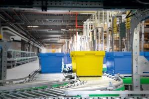 SSI SCHÄFER oferuje szeroką gamę pojemników zgodnych z wymiarami europalety