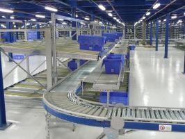 Pojemniki wielokrotnego użytku, bezpieczne i optymalizujące koszty transportu i magazynowania