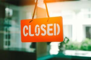 PwC o zakazie handlu w niedziele: Obroty spadną o 9,6 mld zł, pracę straci 36 tys. osób