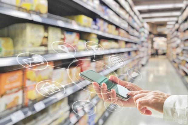 Płatności mobilne coraz bardziej pożądane w handlu i usługach