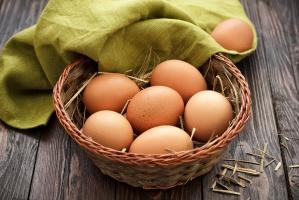 Co z tą Salmonellą? Prawda o polskich jajach