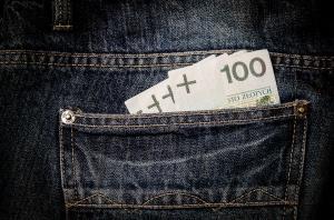 Raport: Zwiększone opóźnienia w płatnościach i wzrost liczby upadłości na rynku spożywczym