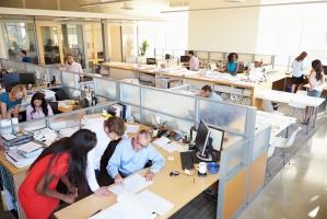 Randstad: 44 proc. badanych firm zamierza zwiększać wynagrodzenie