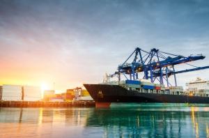 PO: zakaz handlu w niedzielę zagrozi działalności polskich portów