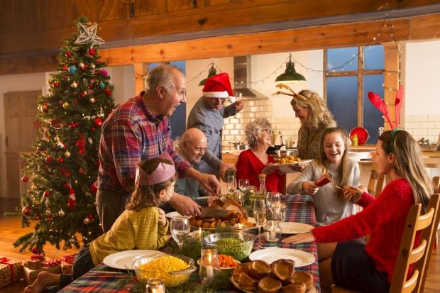 IBRIS: 864 zł przeznaczą na prezenty świąteczne rodziny z programu 500+