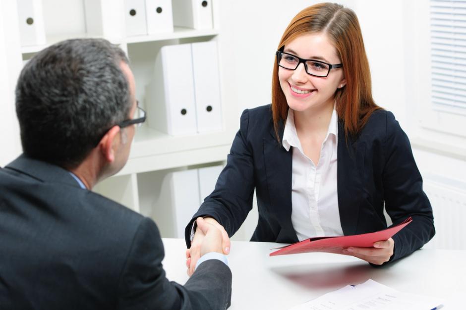 Jak zaakceptować ofertę pracy w kilku krokach?