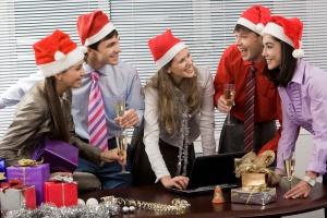 Święta w pracy: Co pracodawcy szykują dla pracowników?
