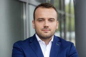 Hoop Polska: Zmiany w dziale PR. Piotr Czarniak odchodzi ze spółki