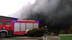 Pożar w Zakładach Mięsnych Olewnik w Drobinie (zdjęcia)