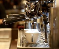 Rynek kawiarni w 2016 r.  przychylny dla dużych sieci