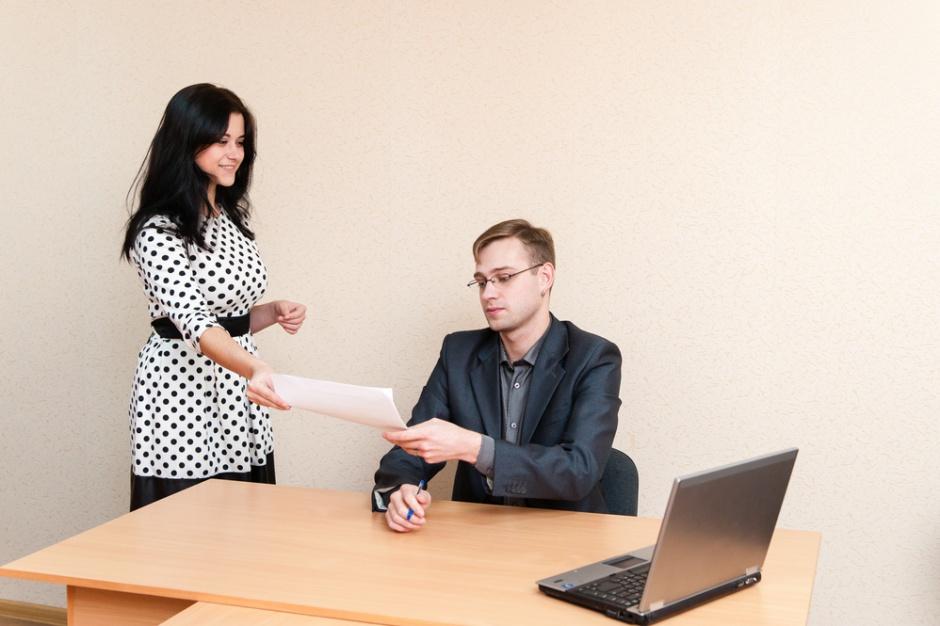 Praca: Nowe zasady wydawania świadectwa pracy
