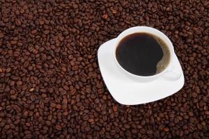 Rosnący popyt na kawę podbija ceny ziarna