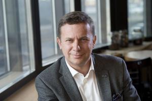 Szef Starbucks: Sieci kawiarni agresywnie podchodzą do budowy pozycji na rynku (wideo)