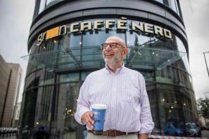 Adam Ringer: Kawiarnia ma pełnić wiele funkcji