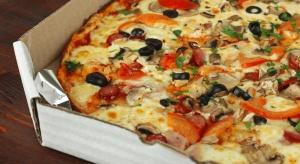 Polacy najchętniej jedzą pizzę na cienkim cieście i z dowozem do domu
