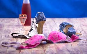 W Walentynki sprzedaż wina mocno wzrasta. Ciekawe dlaczego?