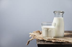 Mlekpol: Rynek mleka w 2017 r. będzie stabilny