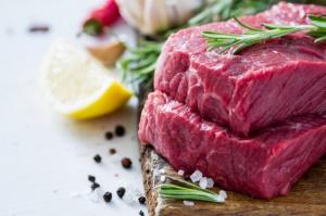 Rosja wprowadzi zakaz importu mięsa i nabiału z Białorusi?