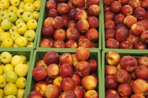 Mniej jabłek w magazynach, ale ceny pozostawiają wiele do życzenia
