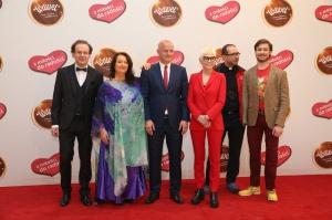 Zdjęcie numer 1 - galeria: Wawel przekazał 1,5 mln zł pięciu organizacjom charytatywnym