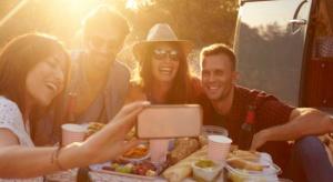 Millenialsi mają spolaryzowane nawyki żywieniowe, a jedzenie musi ładnie wyglądać