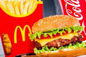 W kanapce sieci McDonald's klient znalazł sprężynę