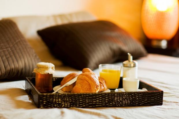 KE: hotele i kempingi nie powinny wyrzucać nadmiaru żywności