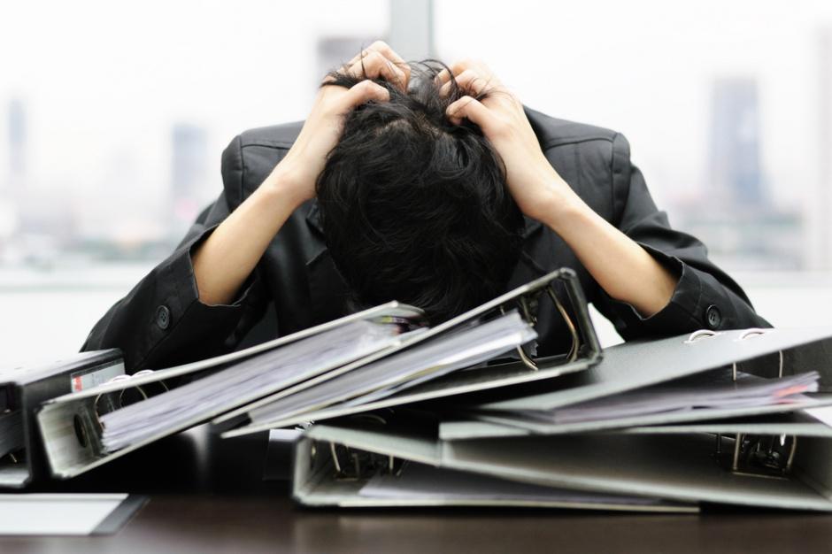 Stres przyczyną 60 proc. nieobecności w pracy