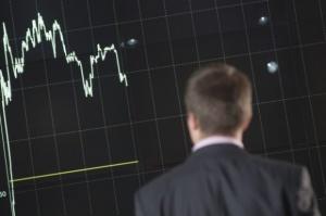 Giełda nie wierzy w spółki handlowe