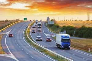 Szmit o transporcie drogowym w UE: Polska jest przeciwna dodatkowym barierom