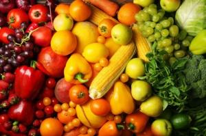 Dyskusja wokół drugich śniadań w szkołach Bolonii: tylko owoce, warzywa