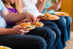 Według ekspertów za kilkanaście lat co trzeci dorosły Polak będzie otyły