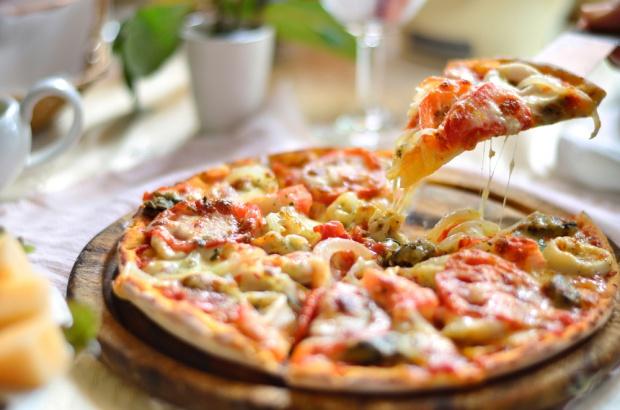 Pizza mrożona - najszybciej rosnący segment rynku dań gotowych (analiza i trendy)
