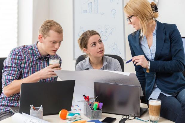 Badanie: Możliwość rozwoju ważnym wyznacznikiem stabilności zatrudnienia