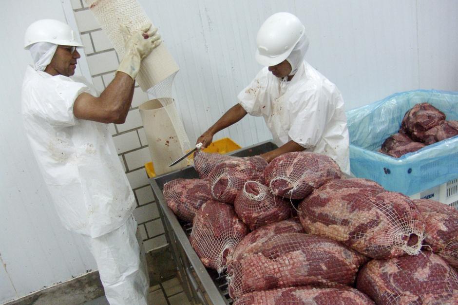 KE: Zakaz importu mięsa z Brazylii do UE byłby zbyt pochopnym krokiem