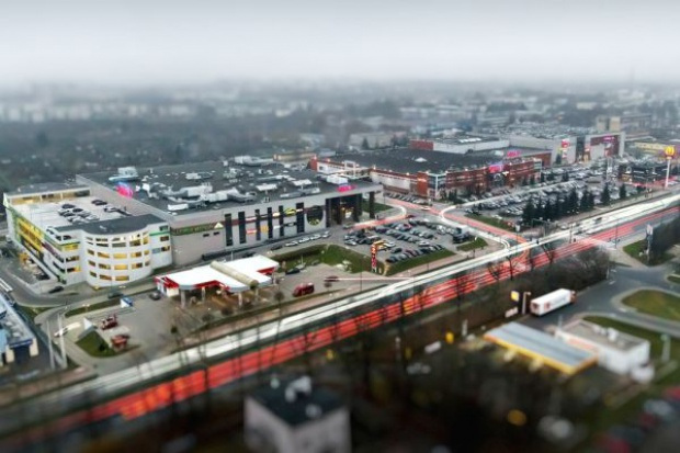 Galeria Olimp w Lublinie z supermarketem Carrefour