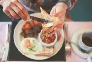 KRGiC zabrała głos w sprawie wpływu zakazu handlu w niedzielę na gastronomię