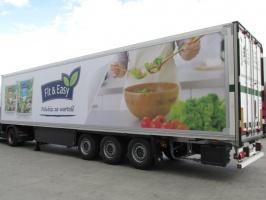 Zdjęcie numer 2 - galeria: Green Factory Logistics rozszerza działalność o nową usługę - mobilny billboard