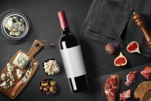 Polacy wydają na wino 5 mld zł, na rynku umacnia się trend premiumizacji