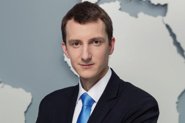 Ekspert o zarobkach w Biedronce: Podnoszenie płac prowadzi do paradoksów