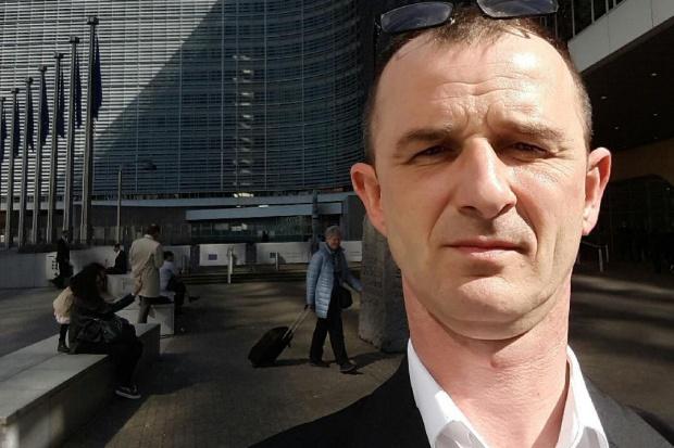 """Szef """"Solidarności"""" w Biedronce: Przez obecną politykę płacową sieć traci miliony"""