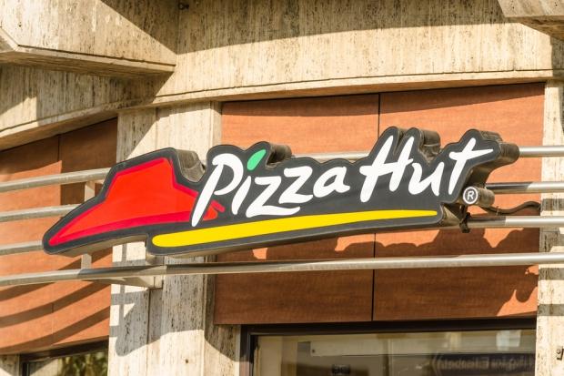 Pizza Hut wprowadza flotę skuterów elektrycznych